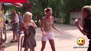 Русский жмж на нудистском пляже сбрасывают скрытой камерой